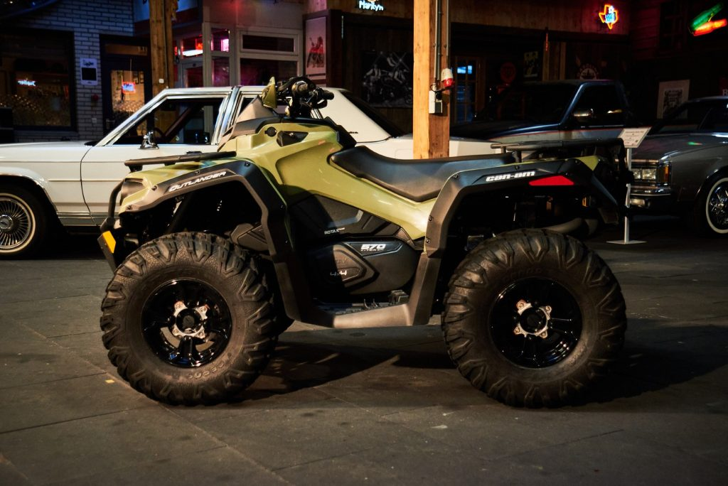 Can-am-outlander-570-4x4_3 (Groot)